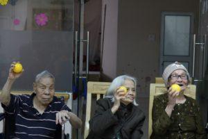 Yếu tố tinh thần ảnh hưởng rất nhiều đến sức khỏe người cao tuổi